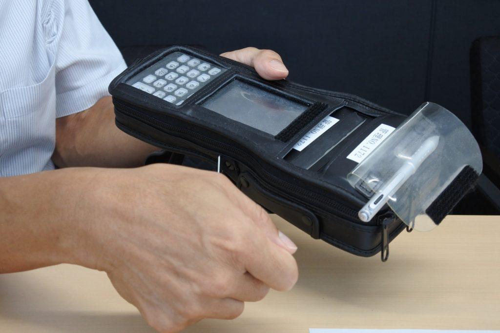 この機械を使うことで、お見積書がその場で出力できる