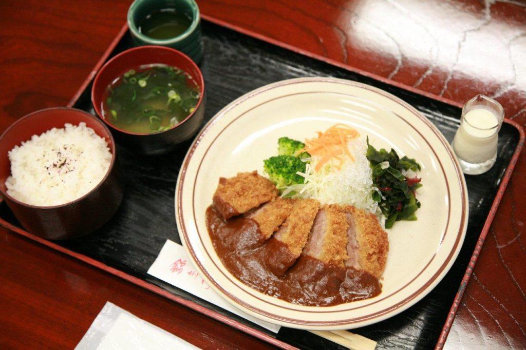 ビフカツ定食 1,210円(税込) ご飯・お味噌汁付